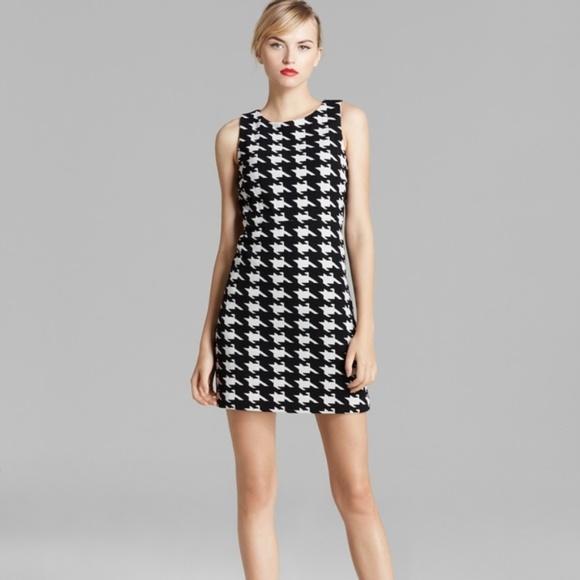 Alice + Olivia Dresses & Skirts - Alice + Olivia Everleigh Houndstooth Dress Sz 0